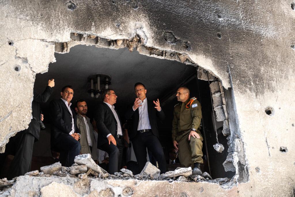 Izraelnek fognak speciális mobil és taktikai óvóhelyeket gyártani Magyarországon