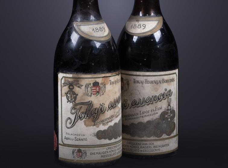132 éves tokaji borokat árvereznek el több százezer forintért Oxfordban