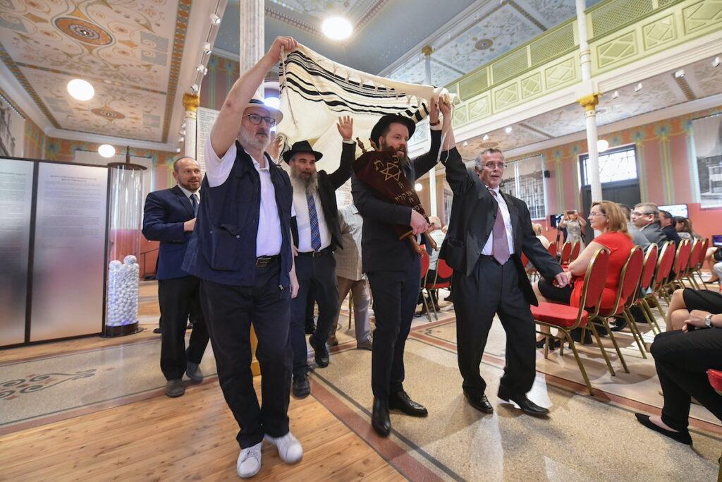 Átadták a megújult berettyóújfalui zsinagógát