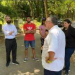 Fiatalok teszik rendbe a Kozma utcai temető parcelláit