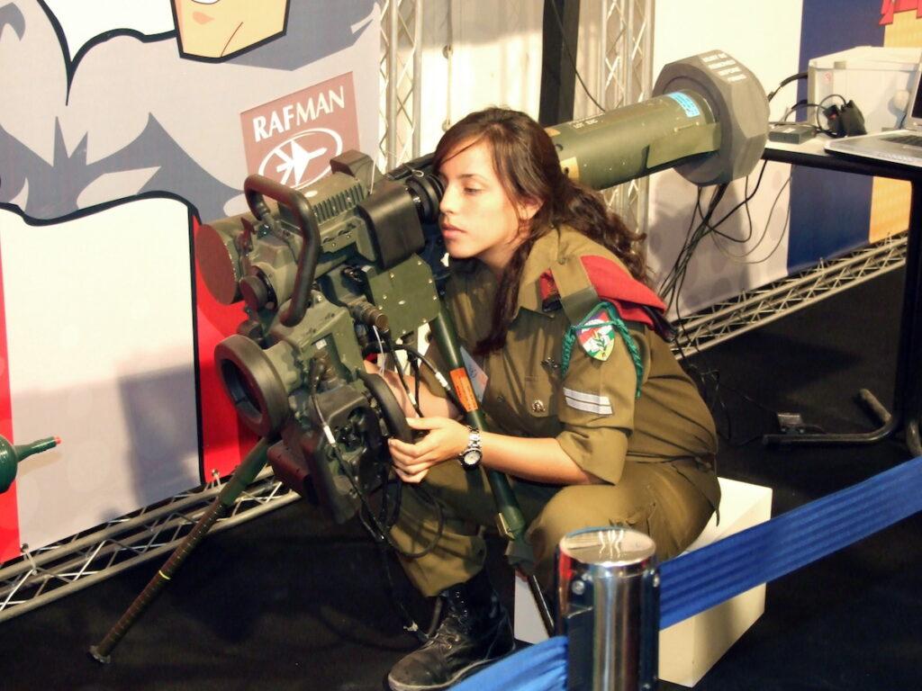 Izraeli páncéltörő rakétákat vásárol Magyarország