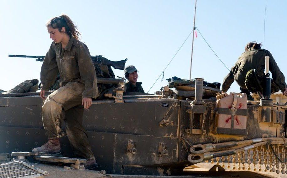 Először lesz csak nőkből álló harckocsizó egység az egyiptomi határon