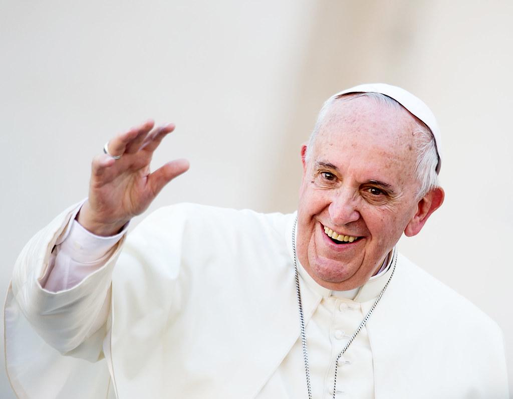 Köves Slomóval és az ortodox hitközség vezetőjével is találkozni fog Ferenc pápa