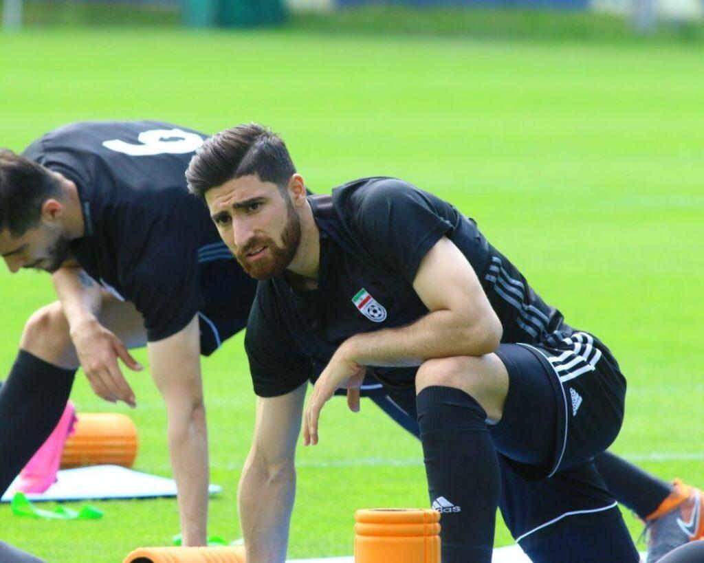Veszélyt jelentene az iráni focistára és családjára, ha Izraelben pályára lépne