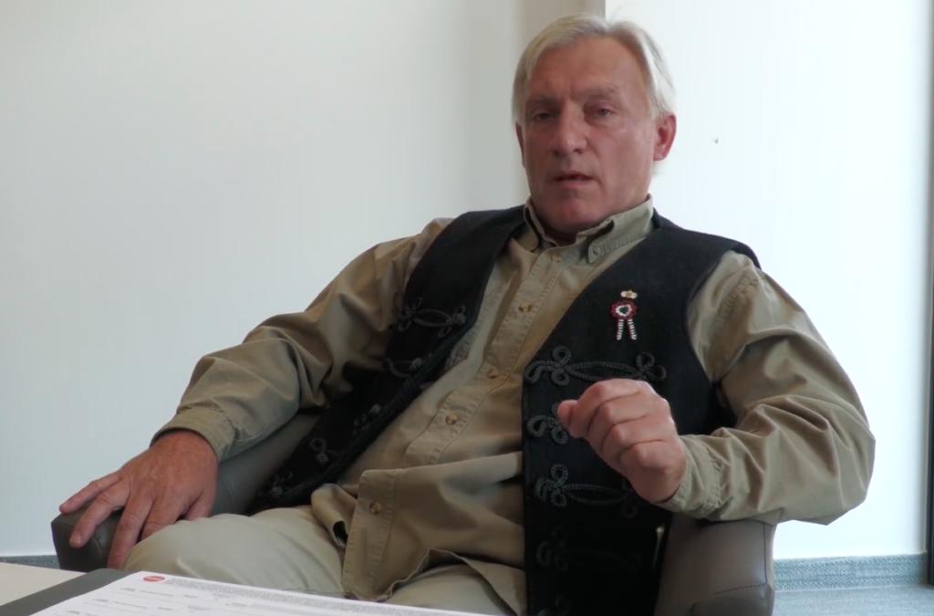 Holokauszttagadó ex-jobbikossal kampányol a Fidesz Debrecenben