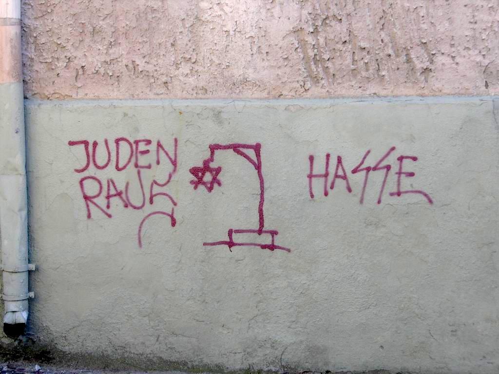 Az antiszemitizmus elleni küzdelemre irányuló stratégiát terjeszt elő az EU